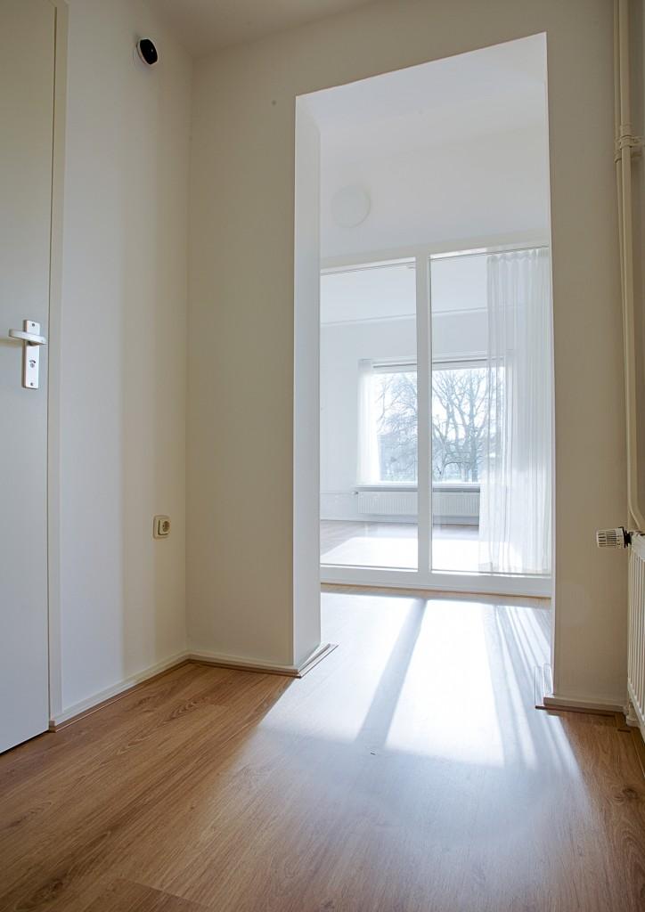 Tussenkamer in het 3-kamer appartement